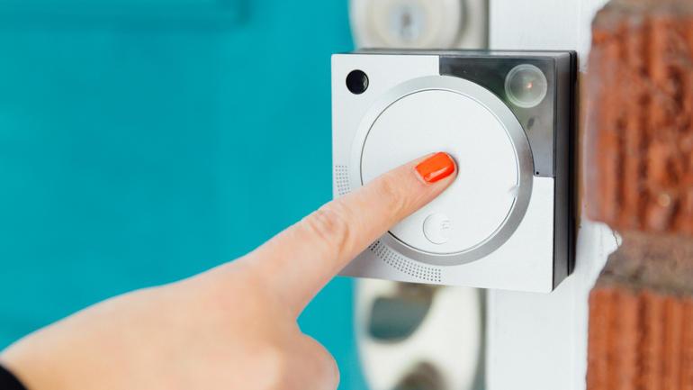 august-doorbell-cam-product-photos-12